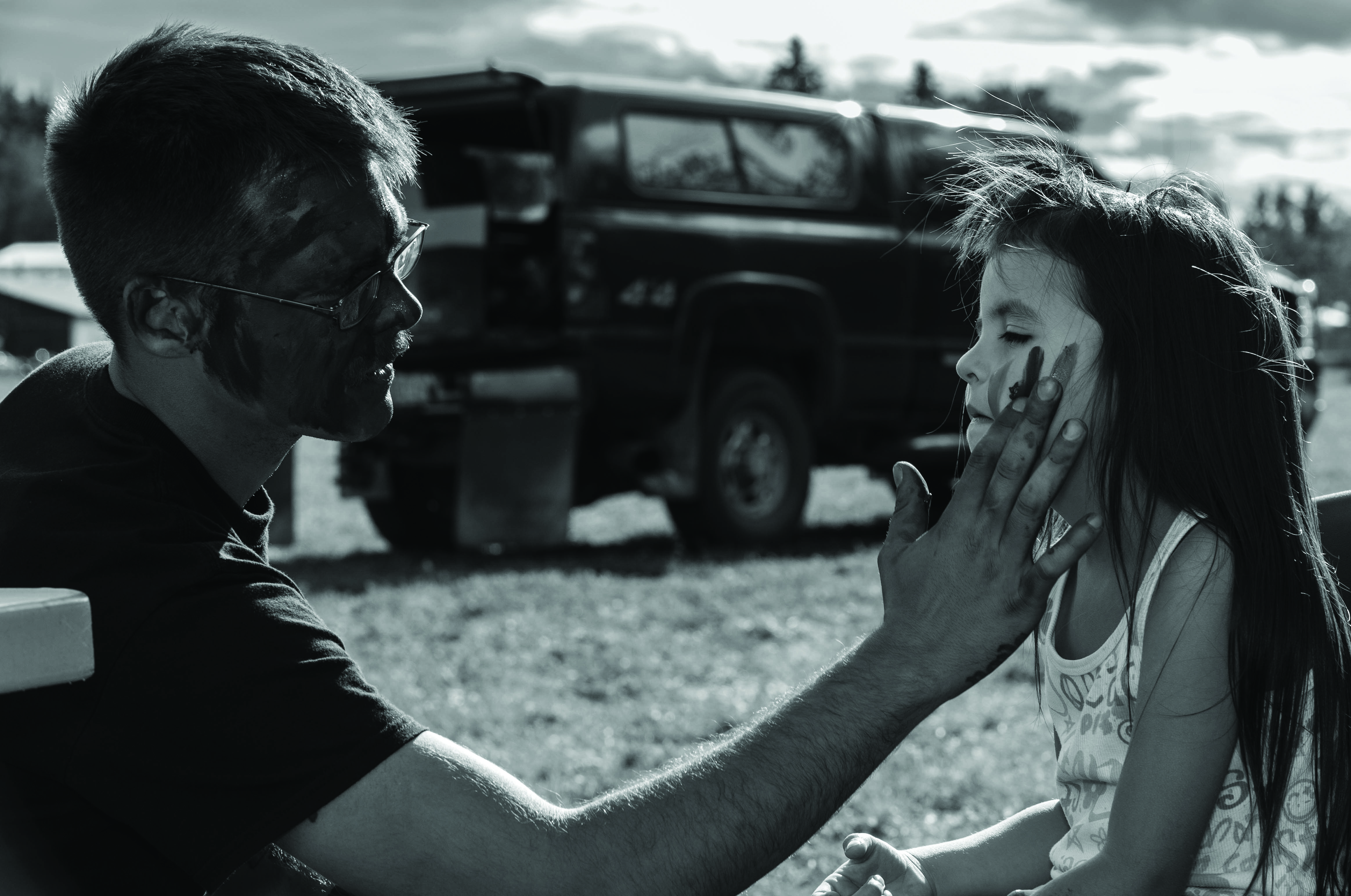 Generalized anxiety treatment bvgg - A Canadian Armed Forces Soldier Painting The Face Of A Child